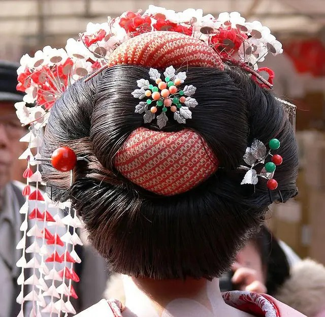 Geisha Hair And Kanzashi Styles Japan Powered
