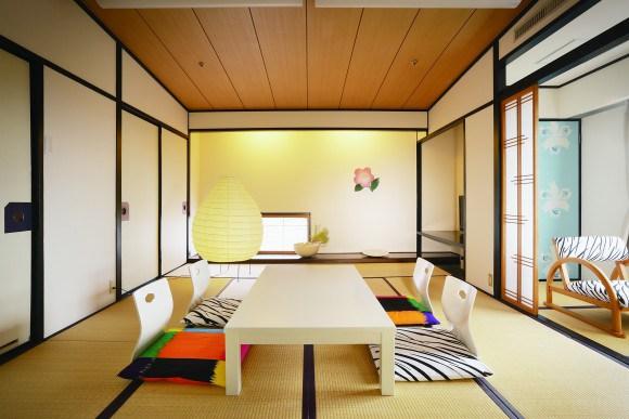 fujiwo ishimoto hotel chaharu dogo onsen art
