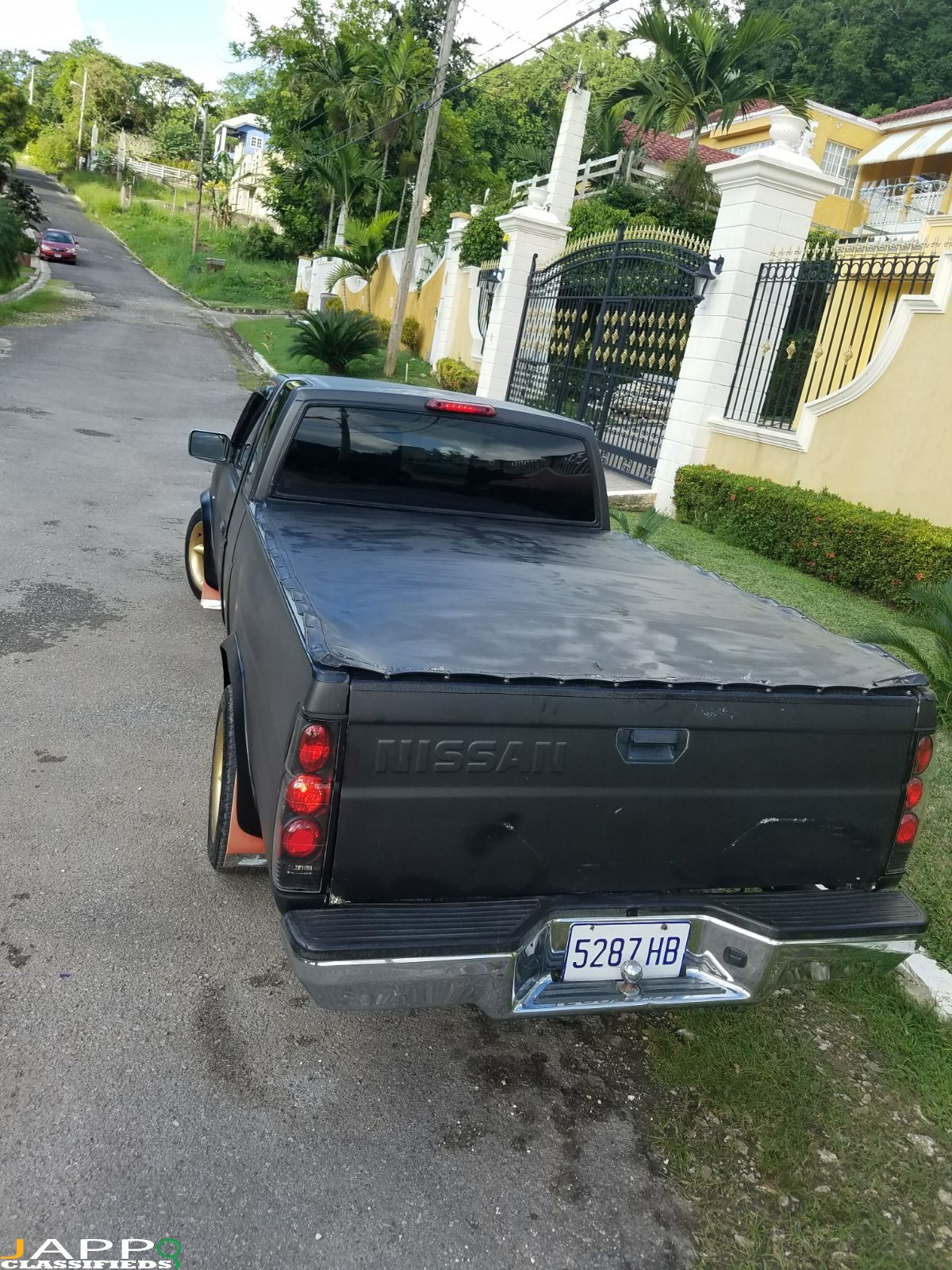 be0568fbe5 1996 Nissan Pickup – JAPP™ –  1 Jamaica Classifieds Online ...