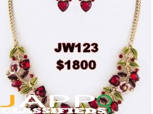 Hearts Necklace Set