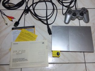 Sony Playstation 2 Silver Modded wit 20+ Games