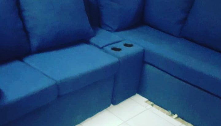 BEAUTIFUL MODERN SECTIONAL SOFA FOR SALE