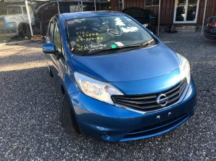 2014 Blue Nissan Note