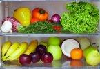 ثلاجة مليئة بالخضراوات