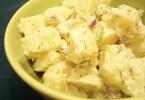 سلطة البطاطس بالمايونيز