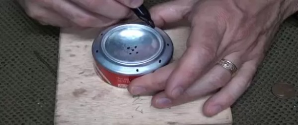 How-to-Make-a-Penny-Can-Stove-4