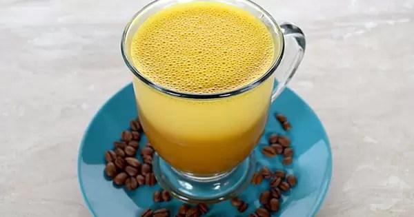 café de cúrcuma