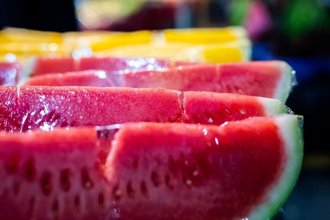 The difference between yellow watermelon and Beijing watermelon