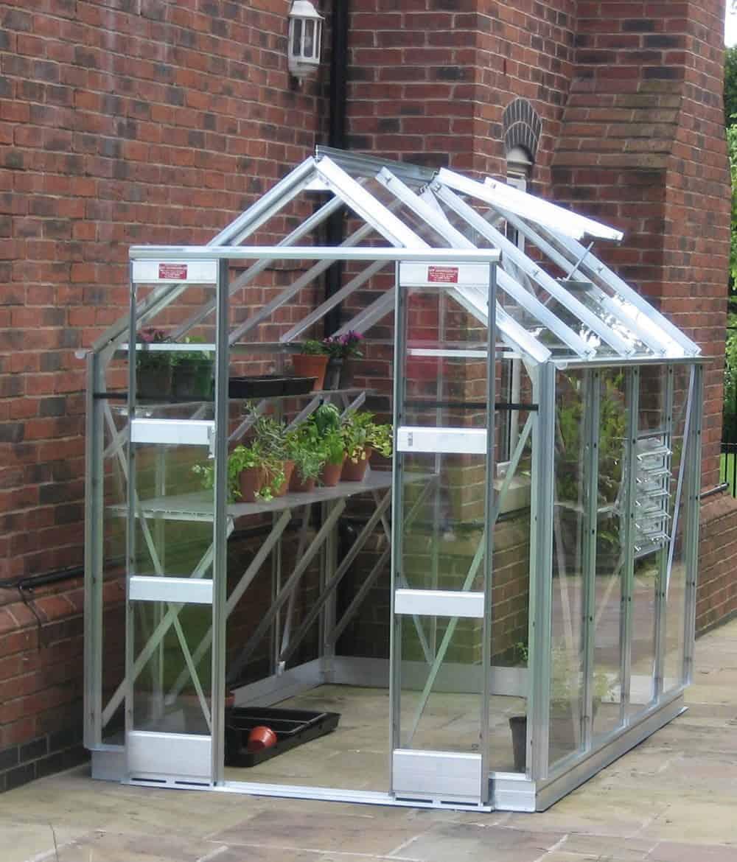 Comment bien choisir une mini serre de jardin   Jardingue