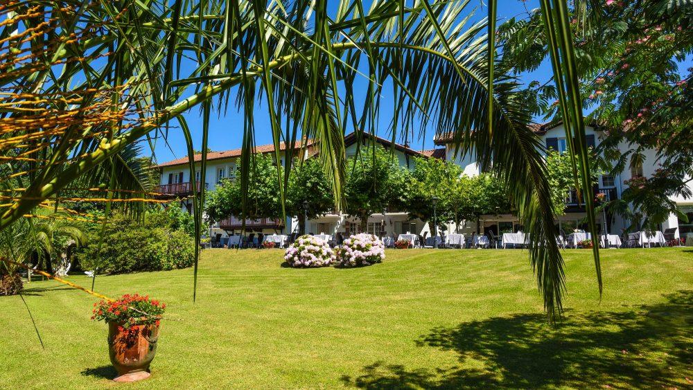 hotel_restaurant_les_jardins_de_bakea