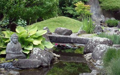 paysagiste de jardin japonais zen et