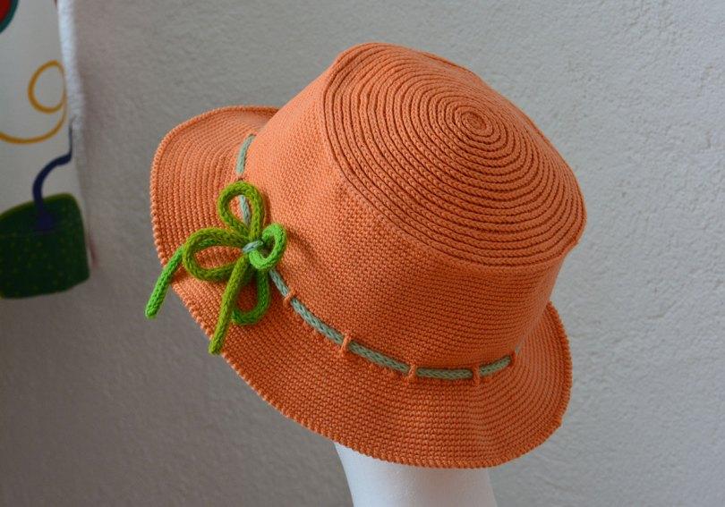 Virkad hatt