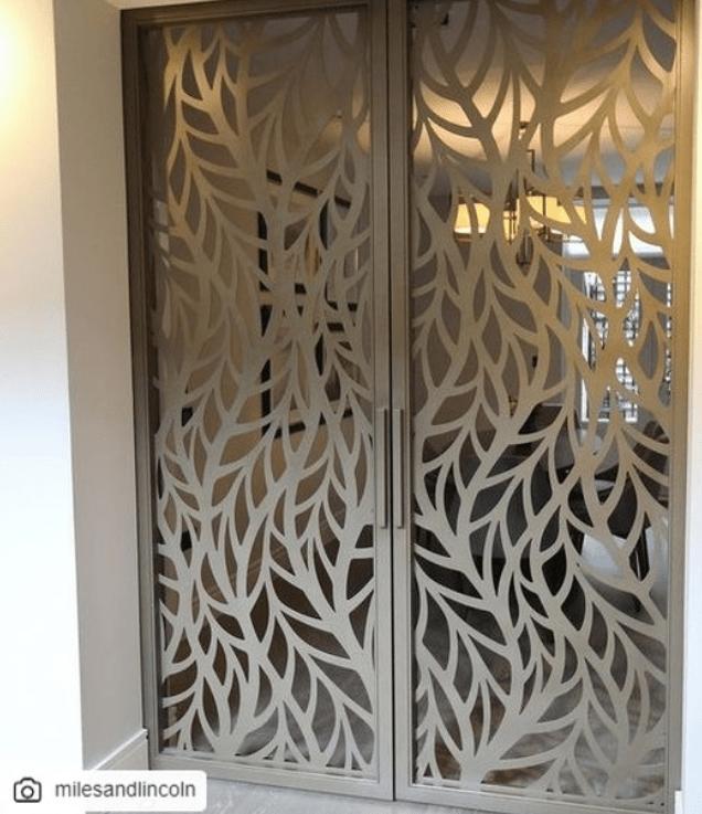 Pintu Nyamuk motif Daun