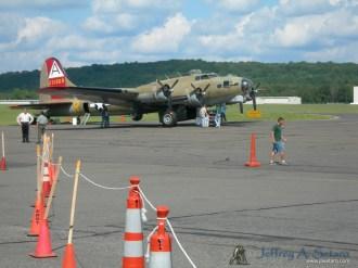 """""""Nine O Nine"""" a WWII era Boeing B-17G Flying Fortress."""