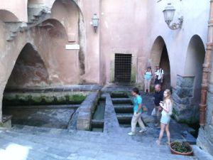 cefalu-lavatoio-medievale