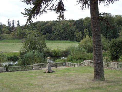 Parte del parco, con la vista del fiume Avon