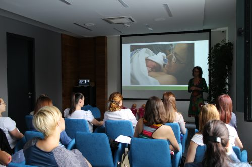 Predavanje o dojenju u Bebac Startap Centru