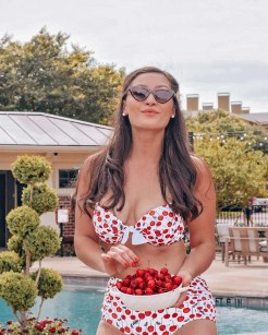 retro bathing suit photoshoot