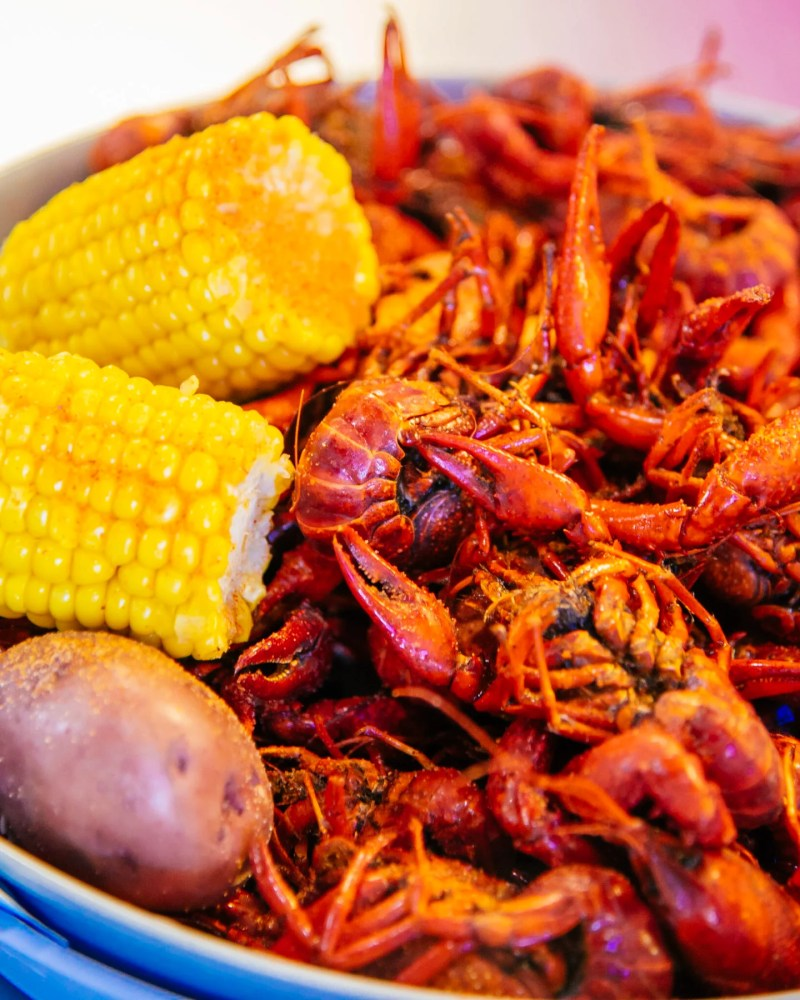 crawfish from shuck me