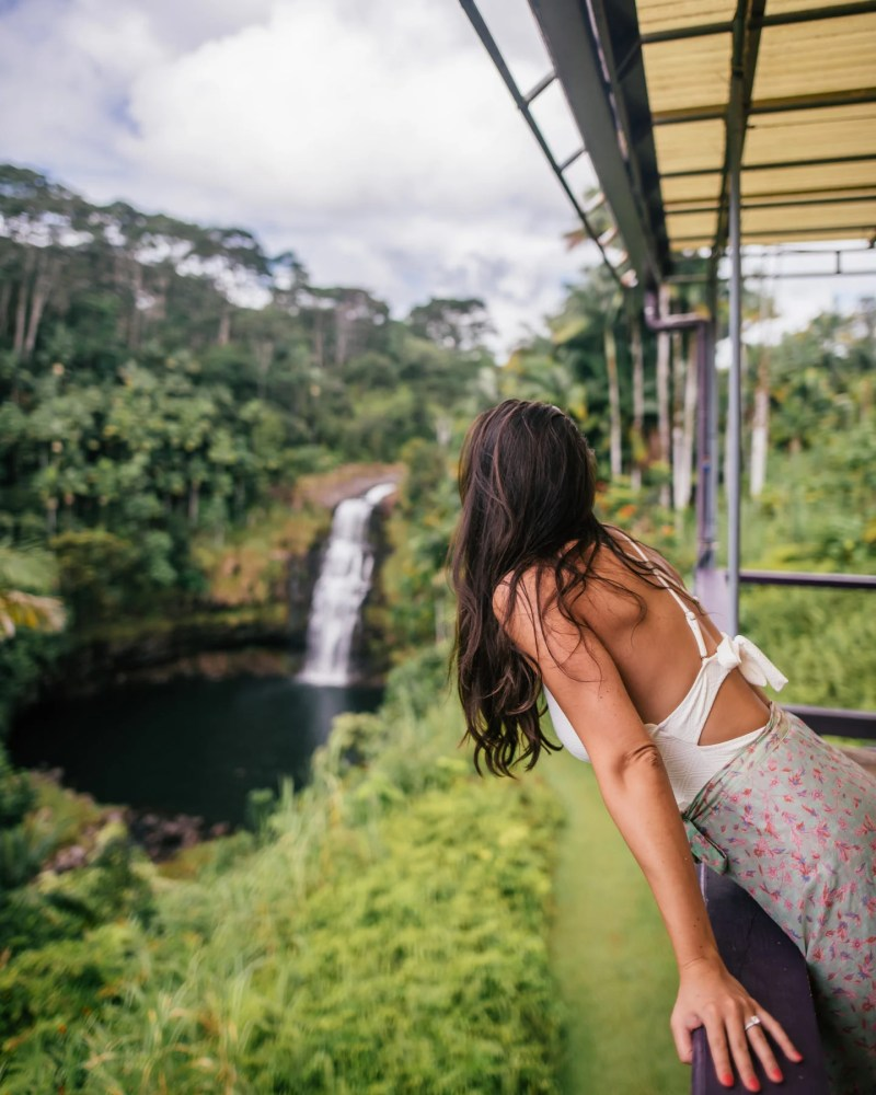 Kulaniapia Falls waterfall view
