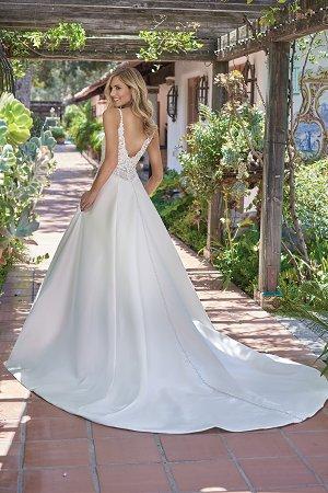 F211004 Romantic Italian Satin  Embroidered Lace Wedding
