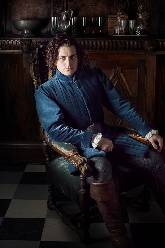 Aneurin Barnard (Citadel/Trap for Cinderella/The White Queen) interview / Oh Comely