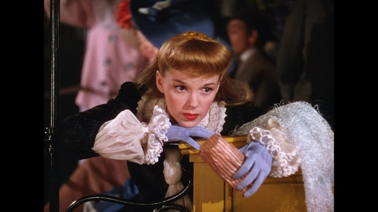 Judy Garland in Meet Me in St. Louis (1945)