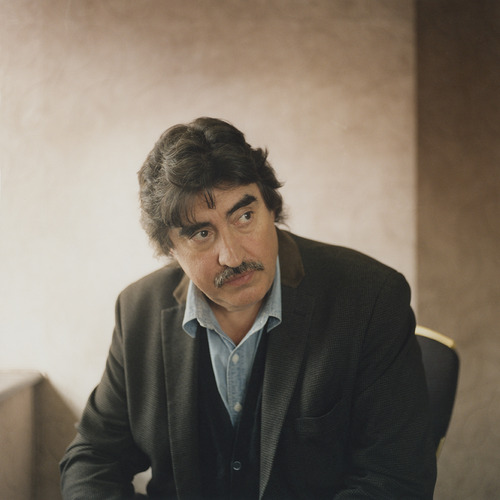 Alfred Molina (Love Is Strange) interview, Published in Oh Comely Issue Twenty-Three. Photograph by Clare Hewitt.