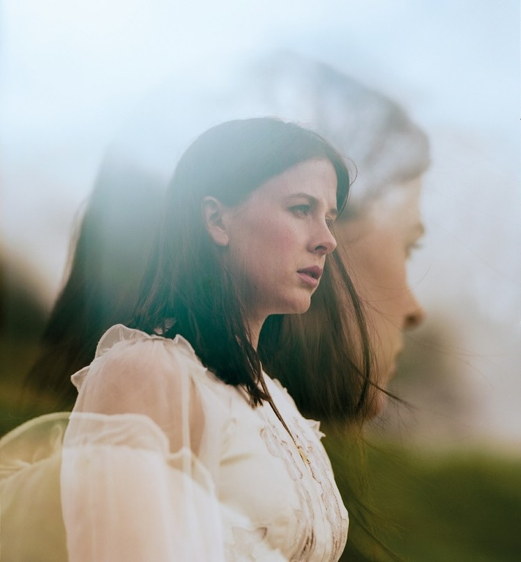Alexandra Roach interview, published in Oh Comely Issue Thirty. Photograph by Liz Seabrook.