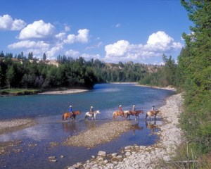 Come live the cowboy life at a guest ranch.