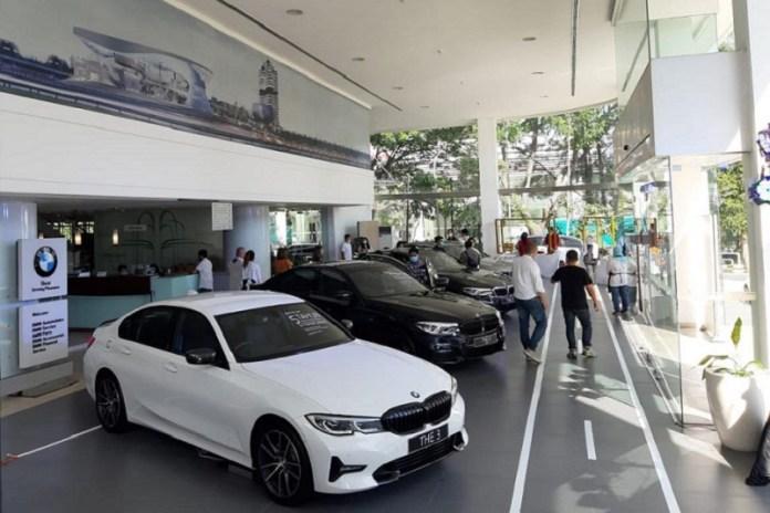BMW Astra Saloon Week Tarik Minat Masyarakat