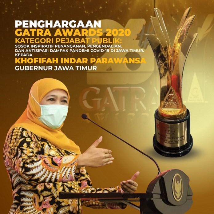 Gubernur Khofifah Terima Penghargaan Gatra Awards 2020