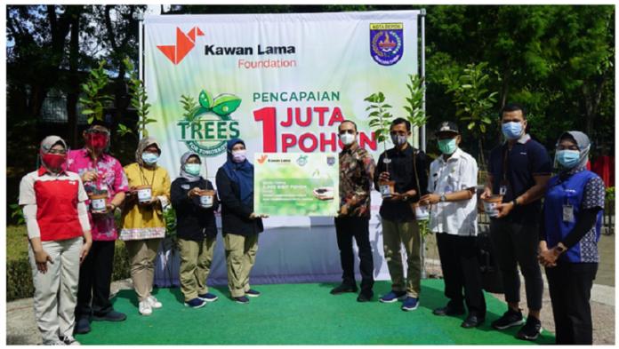 Kawan Lama Foundation Bagikan 1 Juta Pohon Lewat Program Trees For Tomorow