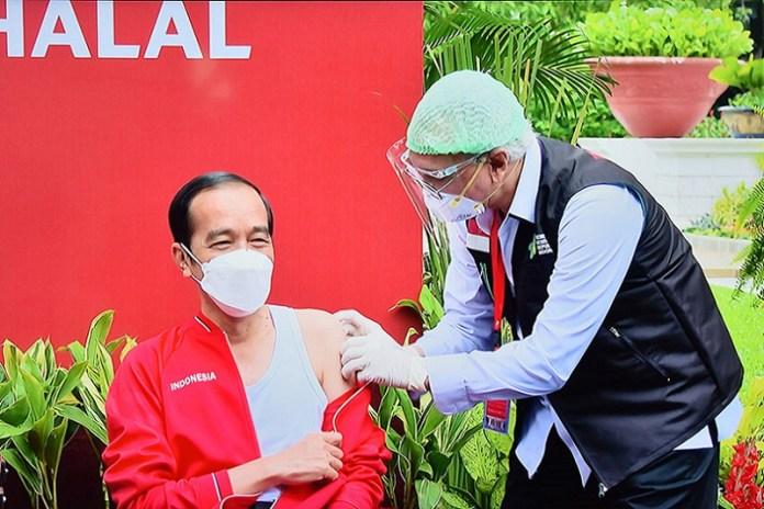 Presiden Jokowi Terima Suntikan Dosis Kedua Vaksin Covid-19