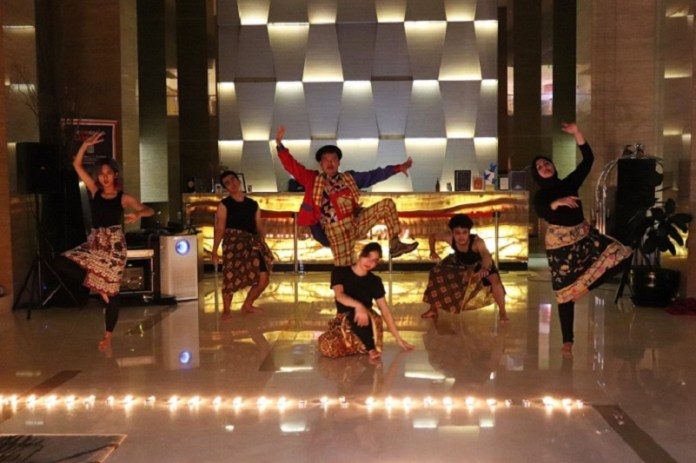 Dukung Earth Hour 2021, Hotel GranDhika Iskandarsyah Jakarta Gelar Teater Musikal