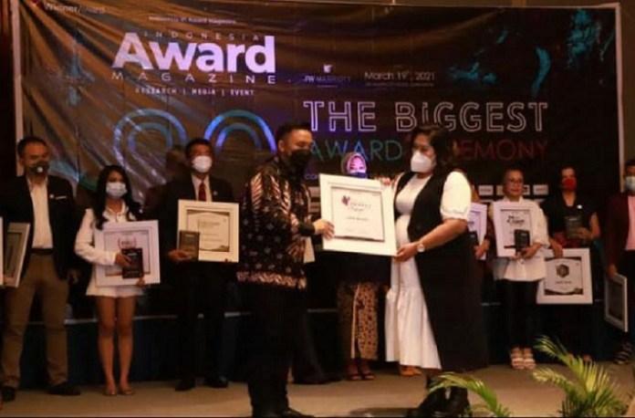 Lisna Beauty Raih Penghargaan The Biggest Award Ceremony 2021