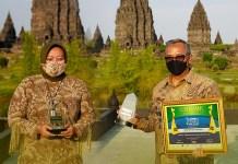 Bank Jatim Borong Dua Penghargaan di Ajang Indonesia Human Capital Award VII 2021