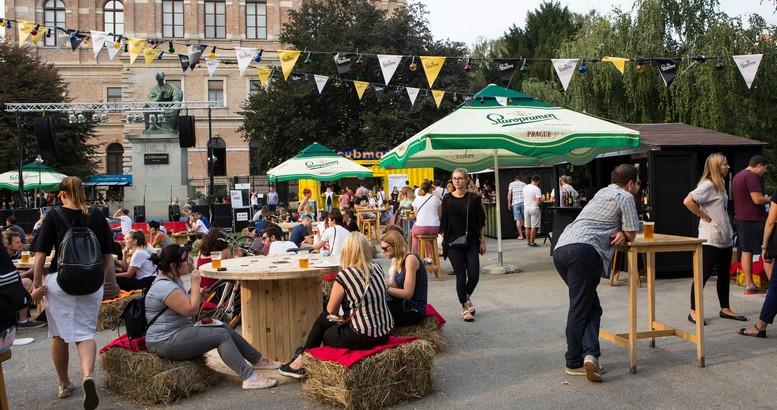 na-strossmayerovom-trgu-poceo-prvi-zagreb-burger-festival