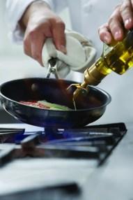 maslinovo ulje kuhanje midi