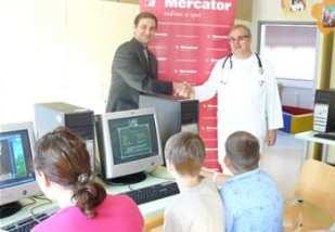 mercator-donacija-kbc-rebro-midi