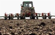 poljoprivreda-traktor-sjetva-midi