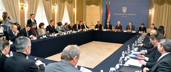 vlada-rh-sastanak-ozujak-2011-ftd