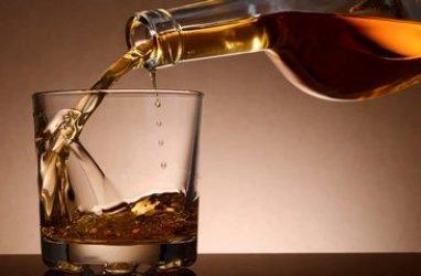 whiskey-alkohol-midi