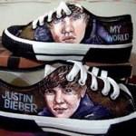Justin Beiber Lelang Sepatunya dan Laku £5,000 (Rp. 785 Juta)