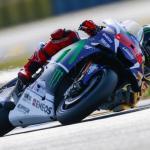 Jorge Lorenzo 99 Pembalap Yamaha meraih Pole di Le Mans Prancis 2016 MotoGP