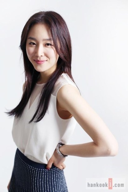 Senyum Seo Hyun Jin