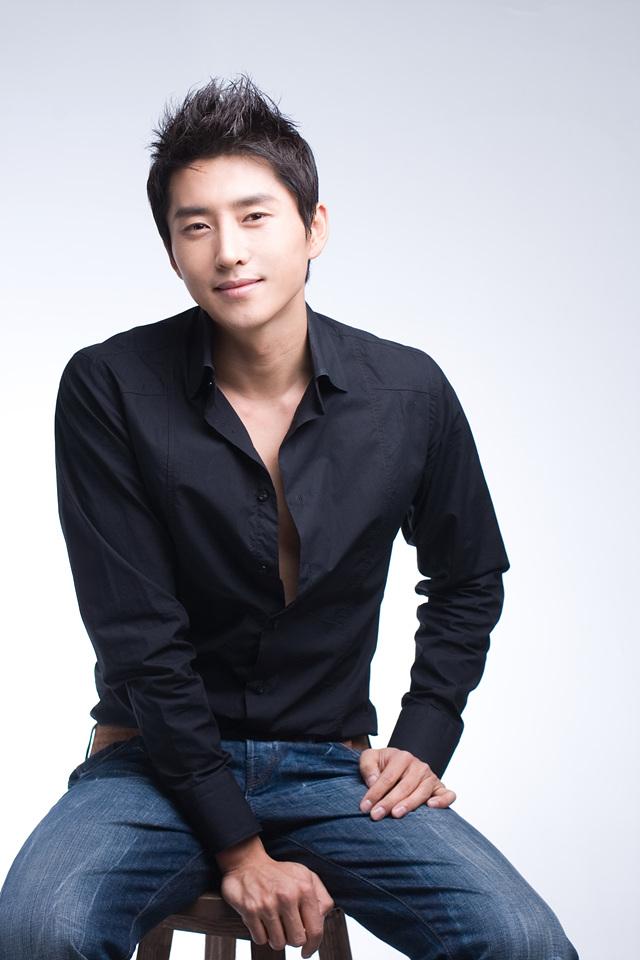 hyun woo sung body