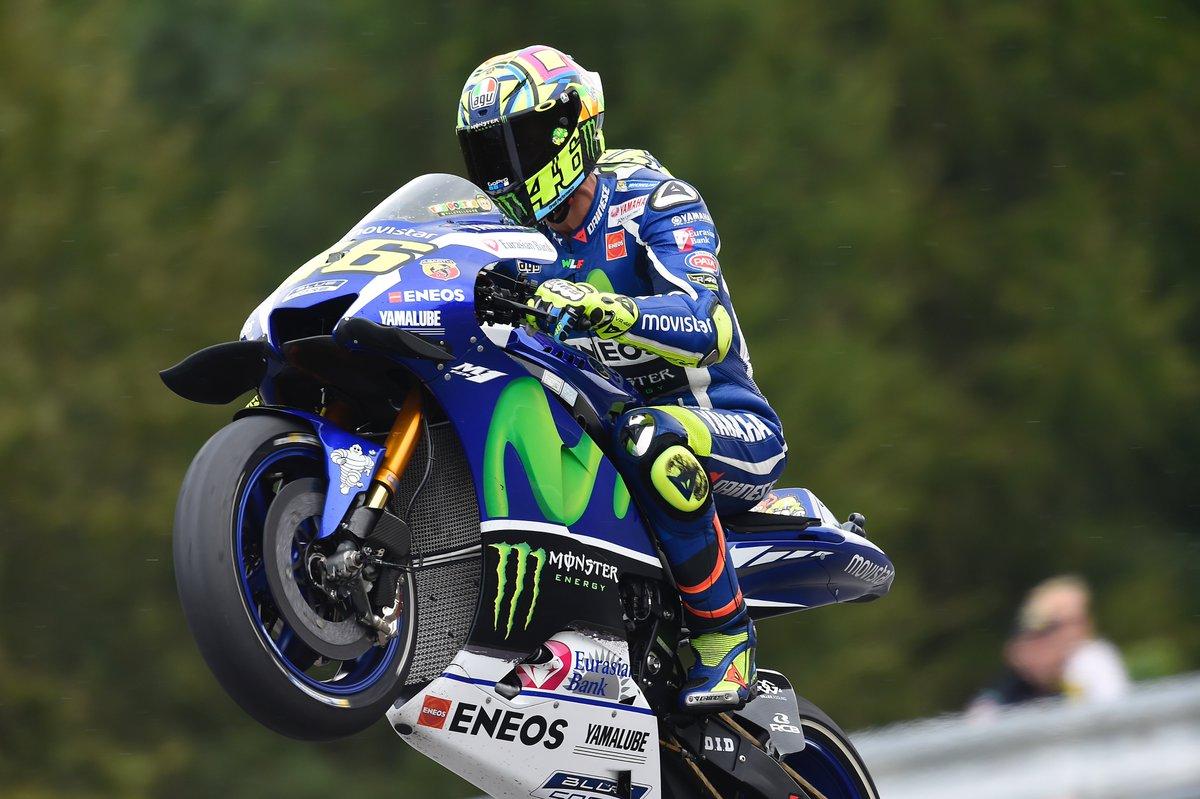 Selebrasi Valentino Rossi VR46 di Brno Ceko