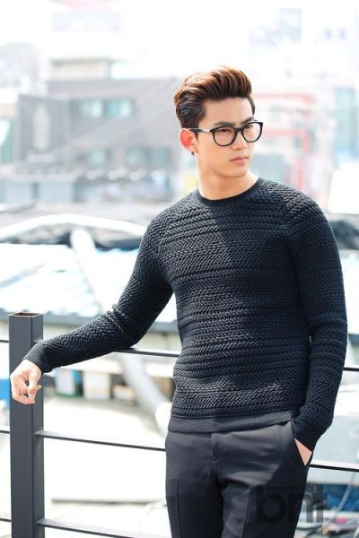 Taecyeon Using Glasses