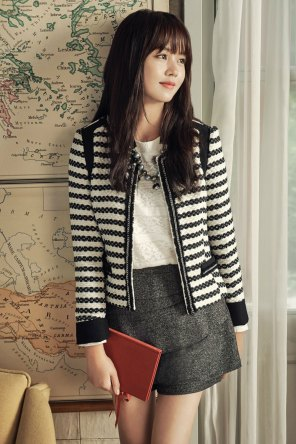 Foto A Casual Look of Kim So Hyun